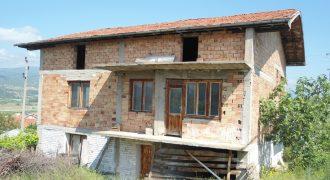 Къща в близост до гр. Сандански