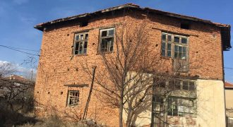 Дом для продажи недалеко от Сандански