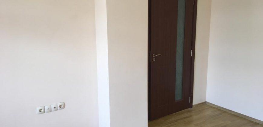 Продава апартамент в центъра на Сандански
